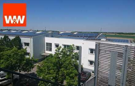 Gewerbekapitalanlage, exklusive Vermarktung Großes Grundstück, bebaut mit Bürokomplex sowie Hallen