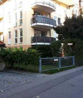 ! Gelegenheit von Privat ! ruhig gelegene 3-Zi.-Wohnung inkl. Einbauküche in Berg am Laim, München
