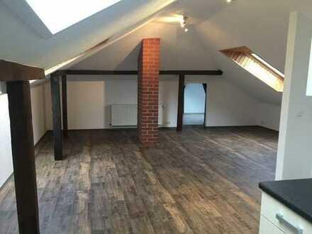 Attraktive 1-Zimmer-Dachgeschosswohnung mit EBK in Wittenberge