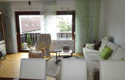 Moderne helle 3- Zimmer-Komfortwohnung mit Balkon in Nürnberg-Eibach