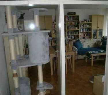 Sehr gepflegte 3-Zimmerwohnung mit ca. 95 m², Einbauküche, 2 Balkone und Stellplatz