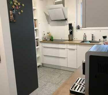 Schöne fünf Zimmer Wohnung in Gerlingen (Kreis Ludwigsburg)