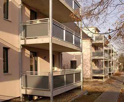 Kapitalanleger? Eigennutzer? Super ausgestattete 3 Zimmerwohnung im 1. OG! RIESIGER Balkon!