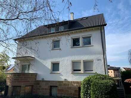 4-Zimmer-Dachgeschosswohnung plus ausgebautem Dachstock in Zuffenhausen