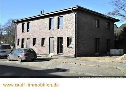 Große Neubau-Doppelhaushälfte in guter, ruhiger Wohnlage