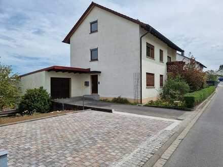 Schöne, geräumige voll möblierte zwei Zimmer Wohnung mit 2 Balkonen in TOP Lage Tauberbischofsheim