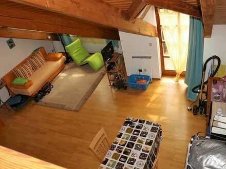 Fernblick, stilvolle Ausstattung, Massivholz-Parkett, Balkon, Garten, ruhige Lage, ...