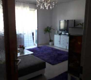 Freundliche 3-Zimmer-Wohnung mit Balkon und Einbauküche in Erbach
