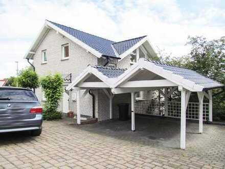 Großzügige Wohnung - 120 Quadratmeter - Weitblick von zwei Südbalkonen - Hohenheide