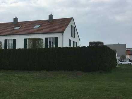 Schönes, geräumiges Haus mit fünf Zimmern in Ingolstadt, Gerolfing