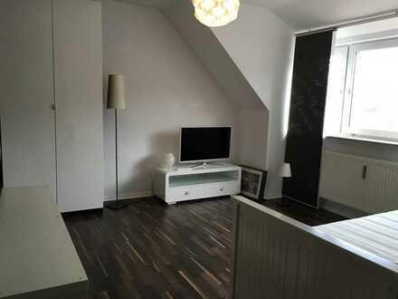 Möbilierte 1-Zimmer Wohnung in Friedberg, Unterm Berg