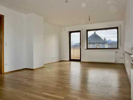 Erstbezug nach Renovierung! Große 145 qm Wohnung nahe Kolbermoor zu vermieten