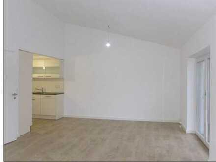 Neuwertige 3-Raum-Wohnung mit Einbauküche und großer Dachterrasse in Ammerbuch