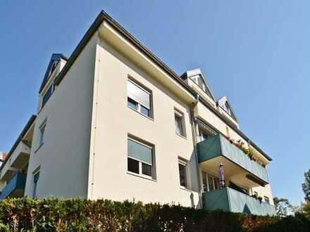 Neue Bäder, 4 Zimmer mit Balkon und Stellplatz!