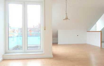 Schicke große 2 Zimmer Maisonettewohnung mit Balkon & Blick über Sandhausen