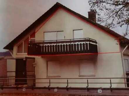 **Attraktive 2 Zimmer-Wohnung mit Balkon**