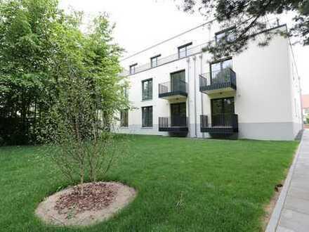 Willkommen in Buch! Dreiraumwohnung mit Tageslichtbad / Balkon / EBK zum Erstbezug!!!
