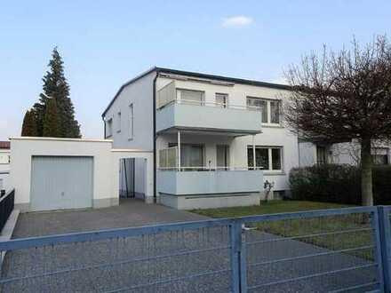 Vollvermietetes Zweifamilienhaus mit großem Grundstück im Dietzenbacher Westend
