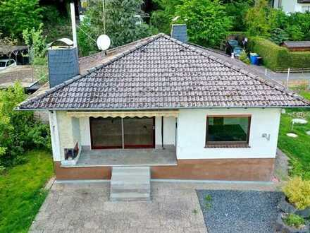 Hübsches Einfamilienhaus in ruhiger Waldrandlage sucht glückliche Familie