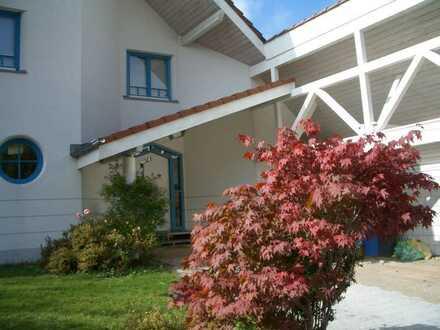 Einfamilienhaus mit Bio-Solartechnik in ruhiger Halbhöhenlage in Schramberg