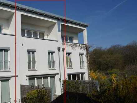 Großes Reihenmittelhaus am Tapachtal in Stuttgart-Rot