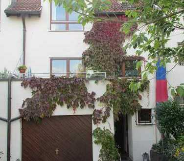 Gepflegtes Reihenmittelhaus in umittelbarer Nähe zur Ulmer Universität am Oberen Eselsberg