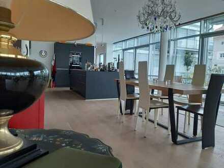 MunichRealty - großzügiger Luxus-Designer-Loft mit allem Komfort, direkt am Isarhochufer/Thalkirchen