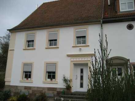 Modernisierte 5-Zimmer-Doppelhaushälfte mit EBK in Gries, Gries