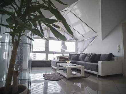 Helle 2,5-Zimmer Dachgeschoss Wohnung in Regensburg