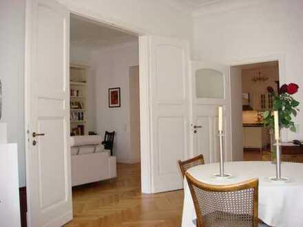 Luxuriöse Altbauwohnung im Belgischen Viertel mit Küche, Sauna und zwei Balkonen, OHNE Makler