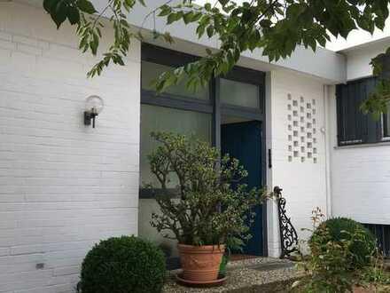 Gartenhofhaus mit Garage