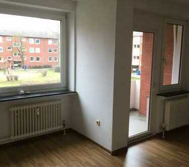 Renovierte 3 Zimmer Wohnung mit Balkon!