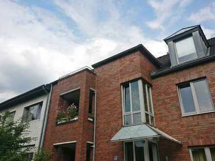 Lichtdurchflutete Dachgeschosswohnung mit Galerie in Erkrath-Hochdahl (Trills)