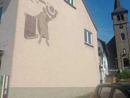 Preiswerte 4-Zimmer-Wohnung mit Balkon in Namborn