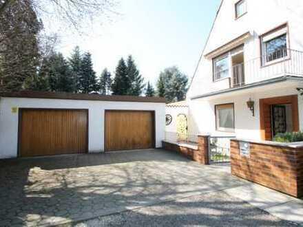 DDH mit 2 sep.Wohnungen auf 810 qm Grundstück **