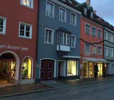 19 qm Zimmer - Herren WG sucht Mitbewohner in hochwertiger Altstadtlage