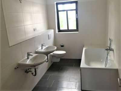 Erstbezug nach Sanierung Coppistr. schöne 4 Raum Wohnung im DG