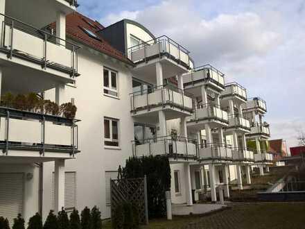 Schöne, gemütliche 2 Zimmer-Wohnung mit Balkon barrierefrei in zentraler, ebener Lage in Uhingen