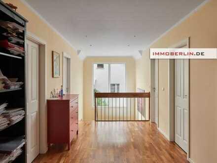IMMOBERLIN: Absolut überzeugendes Einfamilienhaus mit großem Südgarten