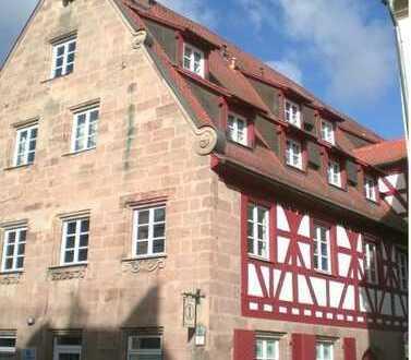 Fürth Nähe Rathaus: Gemütliche 1 Zimmer Whg. im Denkmalschutzhaus / Wohnung mieten