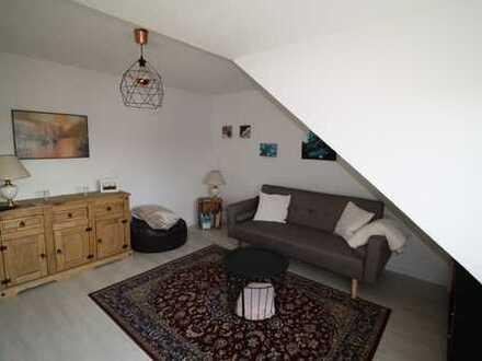gemütliche DG-Wohnung für weiblichen Single in Bad Neuenahr-Hemmessen