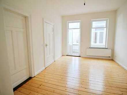 Wohnen auf Zeit -Altbremer Haus - indivi. gestaltete großflächige 3 Zi. mit Loggia ideal für 2 Pers.