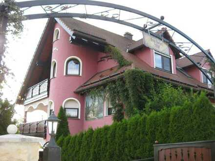Einzelzimmer (OT von Herrieden6 km) etc. Untergeschoss mit Treasse, Singelküche, Bad, SAT, Internet,