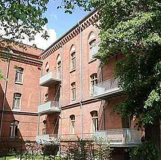 """""""Palais Klingelhöffer"""": Elegante Dachgeschoss-Wohnung mit Galerie und Terrasse"""