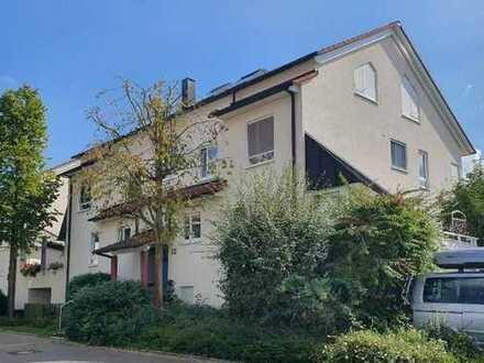 Charmante 3-Zimmer-Wohnung mit sonnigem Balkon und sep. Hobbyraum