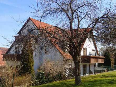 Sonnige 3 Zimmerwohnung - 2 Balkone - ruhige Lage nahe Schloss Straßberg