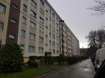 Gemütliche 3 Zimmerwohnung mit Balkon und Stellplatz in Mülsen