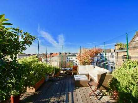 Hollenders Immobilien: Schöne Dachgeschosswohnung mit viel Potential !