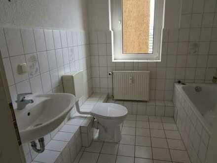 Helle 3 Zimmerwohnung im Herzen von Burg !