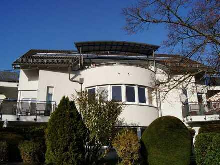 Gepflegte und solide vermietete 4-Zimmer-Dachgeschoßmaisonettewohnung